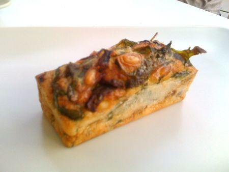 cake_olive_tomate_sechees_et_roquette_2