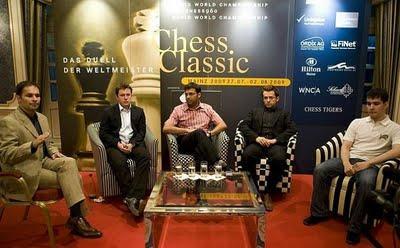 La conférence de presse des quatre compétiteurs © Chess Tigers