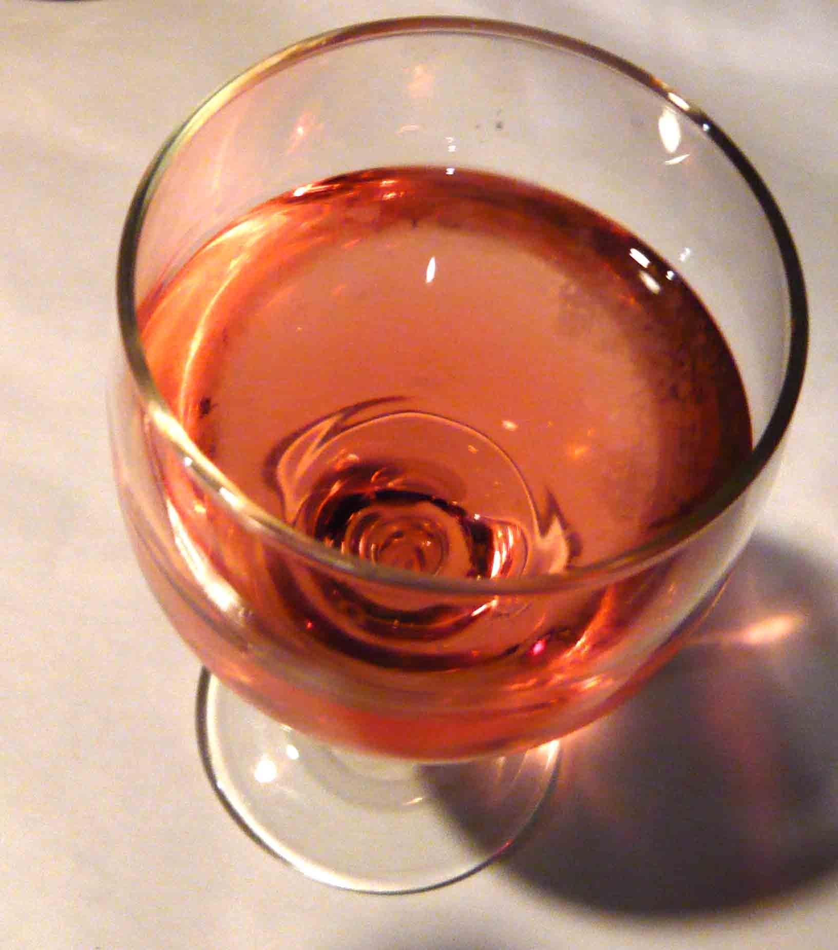 beringer-white-zin-glass.jpg