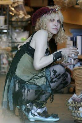 Courtney Love jeune avant la chirurgie esthétique