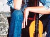 Carla Bruni, modèle gauche