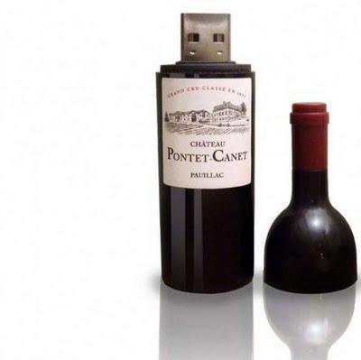 id e de cadeau original une clef usb vin rouge sympa com d couvrir. Black Bedroom Furniture Sets. Home Design Ideas