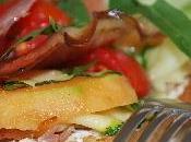 Tartines garnies melon, jambon fumé courgettes