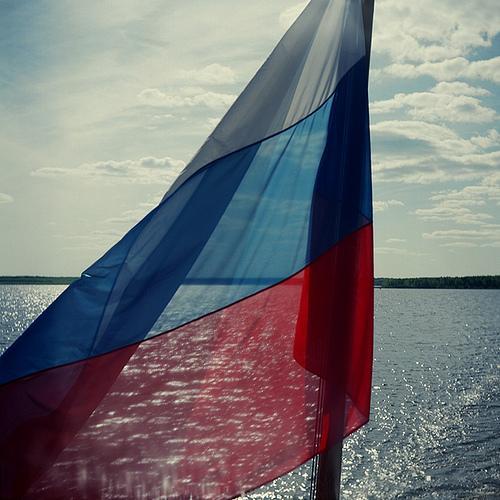 Les hymnes ont une histoire 2: l'hymne soviétique, puis russe.