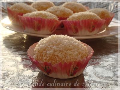 Boules fondantes a la confiture et noix de coco