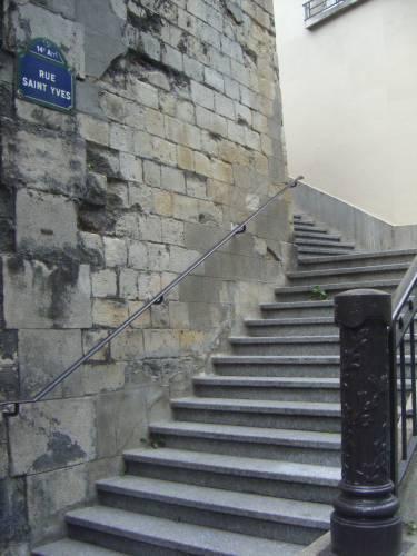 escaliers des rues de paris rue saint yves 75014 paperblog. Black Bedroom Furniture Sets. Home Design Ideas