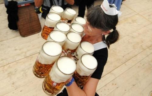 洪水 (╯°□°)╯ Dieu-crea-fete-biere-L-3