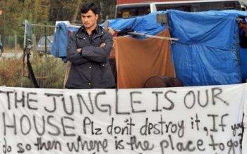 Sangatte détruit, la Jungle de Calais anéantie, violences... arrêtés, déportés...et demain ???