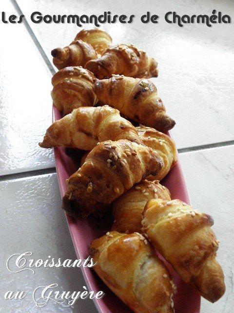 Petits Croissants apéritif au gruyère