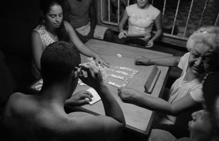 Les dominos, un jeu dangereux