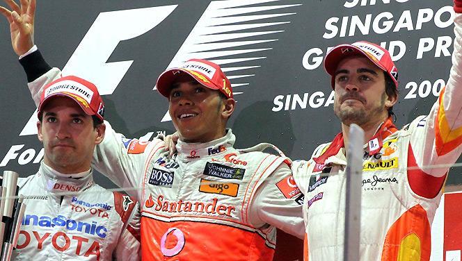 Grand Prix de F1 de Singapour 2009 ... 2eme victoire de Lewis Hamilton cette année