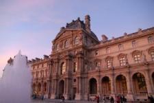 Umberto Eco fait la programmation du Louvre