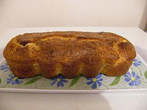 Cake au crottin de chèvre et à l'estragon