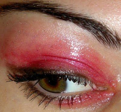 maquillage original des yeux partie 2 les yeux glossy d couvrir. Black Bedroom Furniture Sets. Home Design Ideas