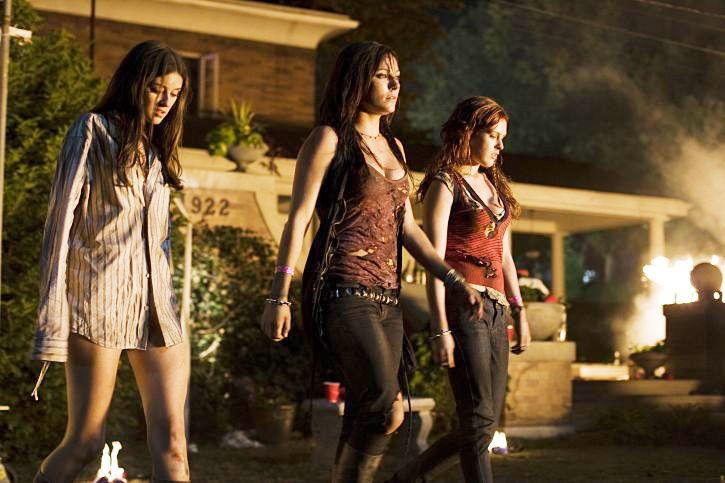 Critiques en vrac 15: Sorority Row – End of the Line – Kontroll – Mum and Dad