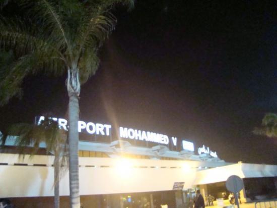 Aereoporto di Casablanca 4 aprile 2009