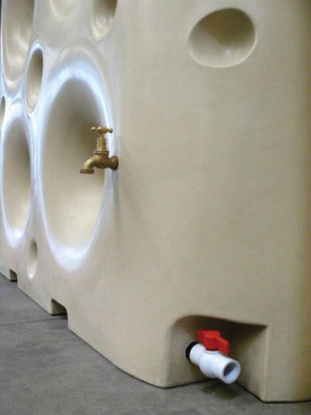 Waterwall Tank