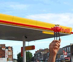 Pression d'enfer sur Shell