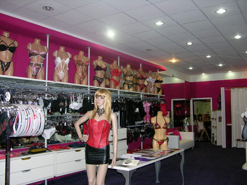 La lingerie Vito Venice en Photo... Sur Hollywood boulevard