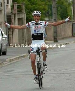 Cyclo cross-Monnaie : 3 è victoire de L. Renard et la 4 è à Carnetin