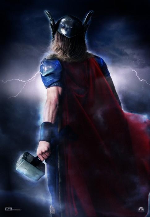 Stellan Skarsgård rejoint Thor
