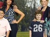 Saison complète pour Cougar Town, Modern Family Middle