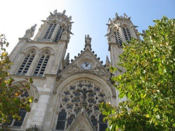 Façade de l'église Saint-Léon de Nancy