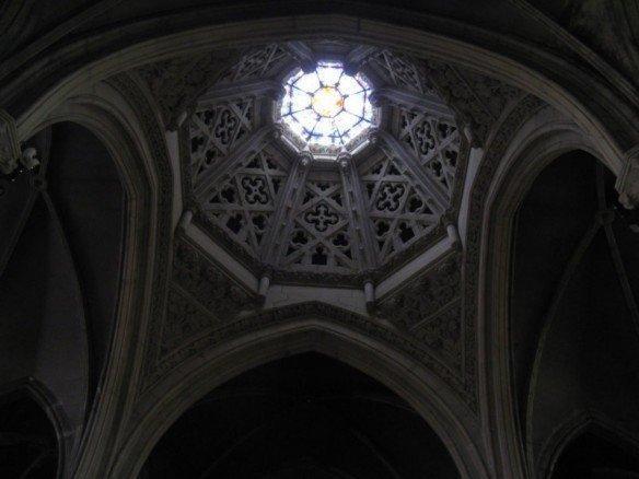 Grande finesse de la voûte de l'église Saint-Léon Nancy