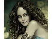 a... Vanessa Paradis