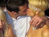 Paris Hilton sort gâteau d'anniversaire