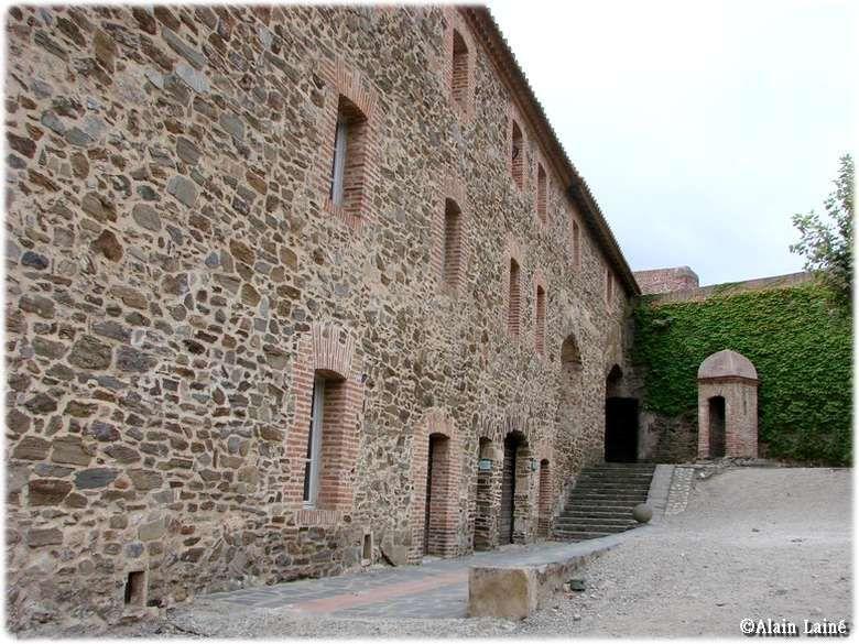Chateau de collioure pyr n es orientales 2 d couvrir - Chateau de collioure ...