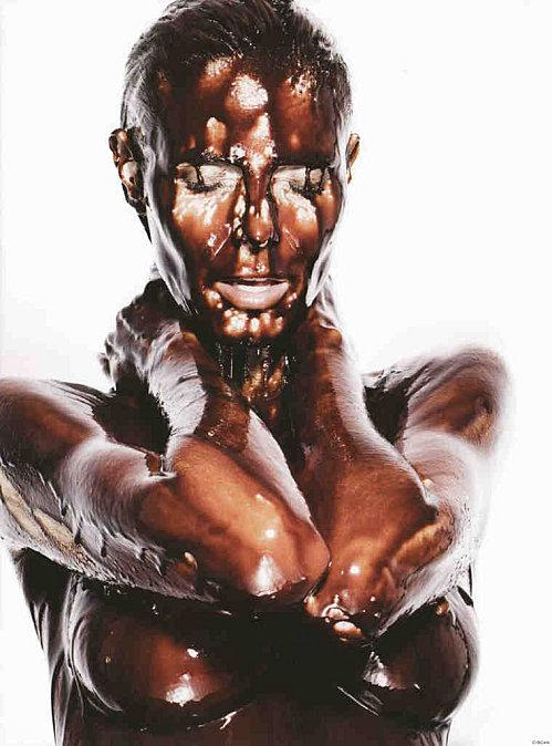 http://media.paperblog.fr/i/246/2462017/heidi-klum-prend-femme-chocolat-hot-hot-hot-L-1.jpeg