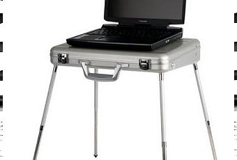 un mallette table pour pc portable paperblog. Black Bedroom Furniture Sets. Home Design Ideas