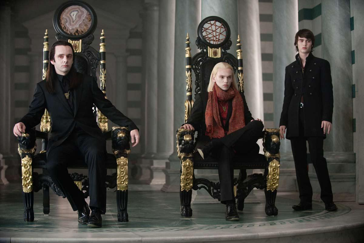 Michael Sheen, Jamie Campbell Bower et Cameron Bright. SND