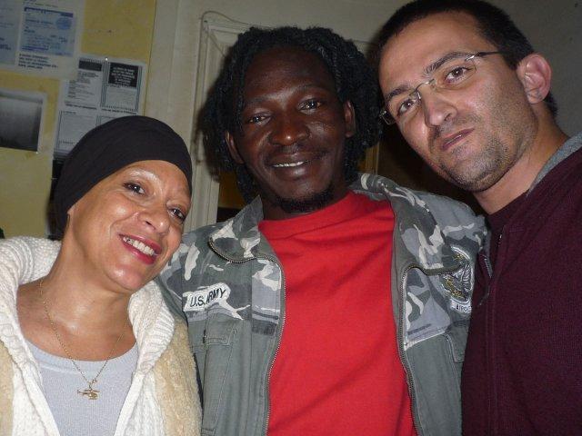 Reda avec Catherine et Ousmane