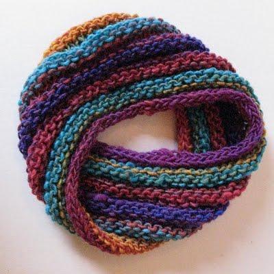 Bonnet-écharpe de Möbius .
