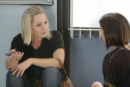 17/11   PROGRAMME Us : Ce mardi Melrose Place, NCIS, V, SoA, 90210...
