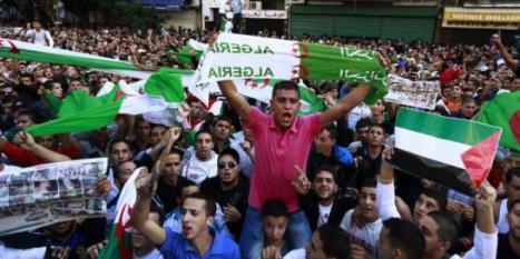 Union sacrée en Algérie derrière l'équipe nationale de football