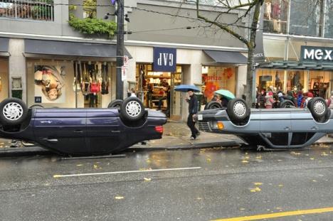 Gap-vancouver-street-marketing-2