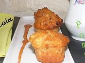 Petits gâteaux pomme-noix, sauce caramel salé