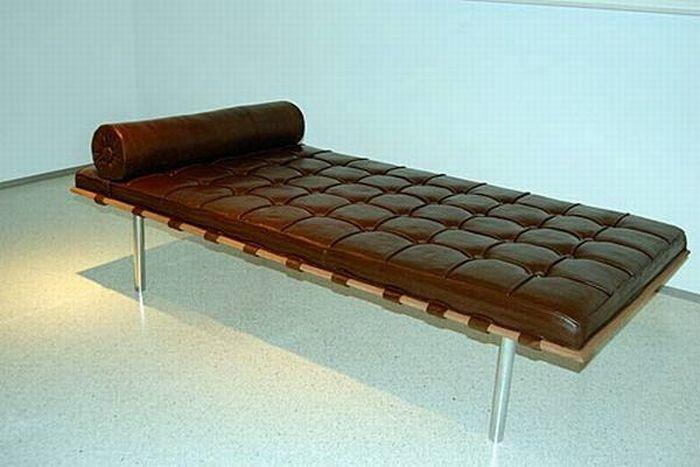 insolite le lit au chocolat le blog insolite de nellou. Black Bedroom Furniture Sets. Home Design Ideas