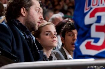 Rafael Cabrian et Emma Watson enflamment la presse