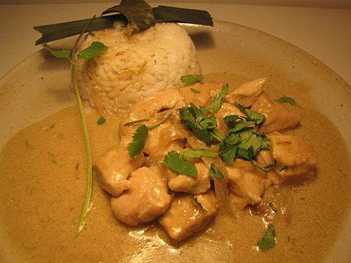 curry de poulet vert recette thailandaise paperblog. Black Bedroom Furniture Sets. Home Design Ideas