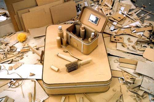 Sculptures en carton ondulé (autres qu'Eva Jospin) Monde-sylvie-reno-L-1