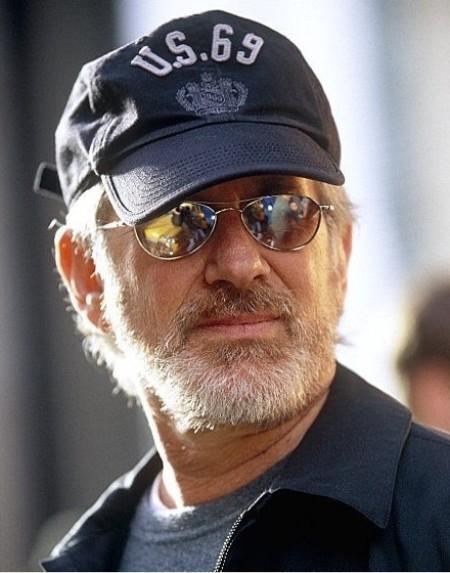 Steven Spielberg abandonne le projet Harvey