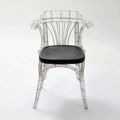 grid chair la chaise aussi belle que la tour eiffel paperblog. Black Bedroom Furniture Sets. Home Design Ideas