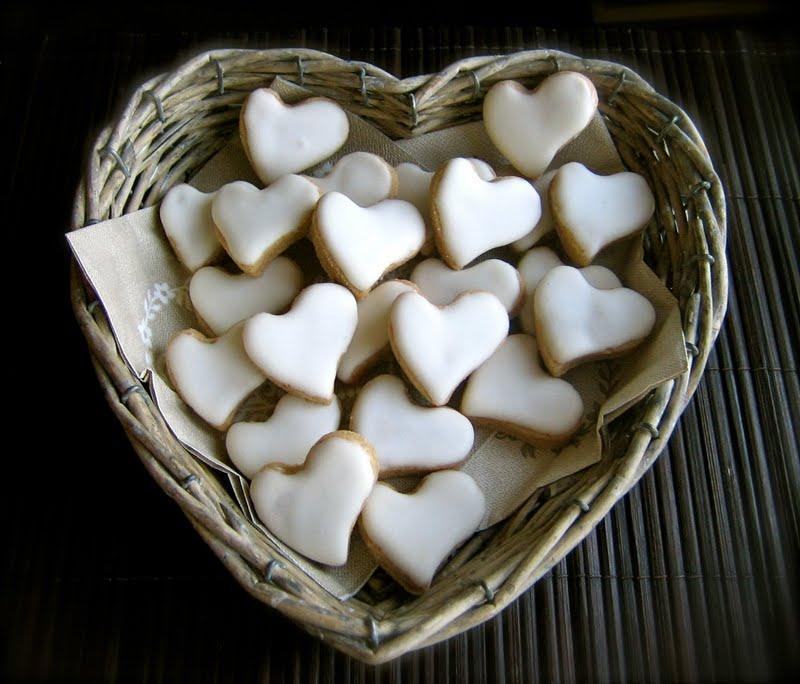 http://media.paperblog.fr/i/261/2615110/amours-zimtsterne-etoiles-cannelle-coeurs-ici-L-1.jpeg