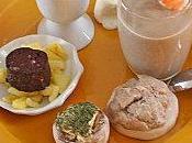 Amuses bouche veloute concombre, champignon, radis noir canard