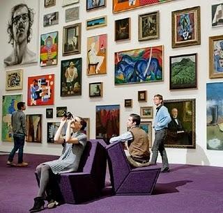 L 39 accrochage des tableaux conseils pour parfaire sa - Faire un mur de tableaux ...