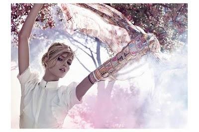✈Campagne Fendi par Karl Lagerfeld avec la belle Anja ✈